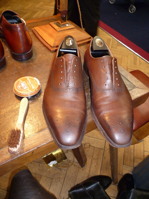 Polish Your Shoes Properly