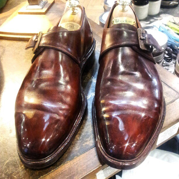 Mythbuster Part 1 - Leather Creasing Means Something is Wrong