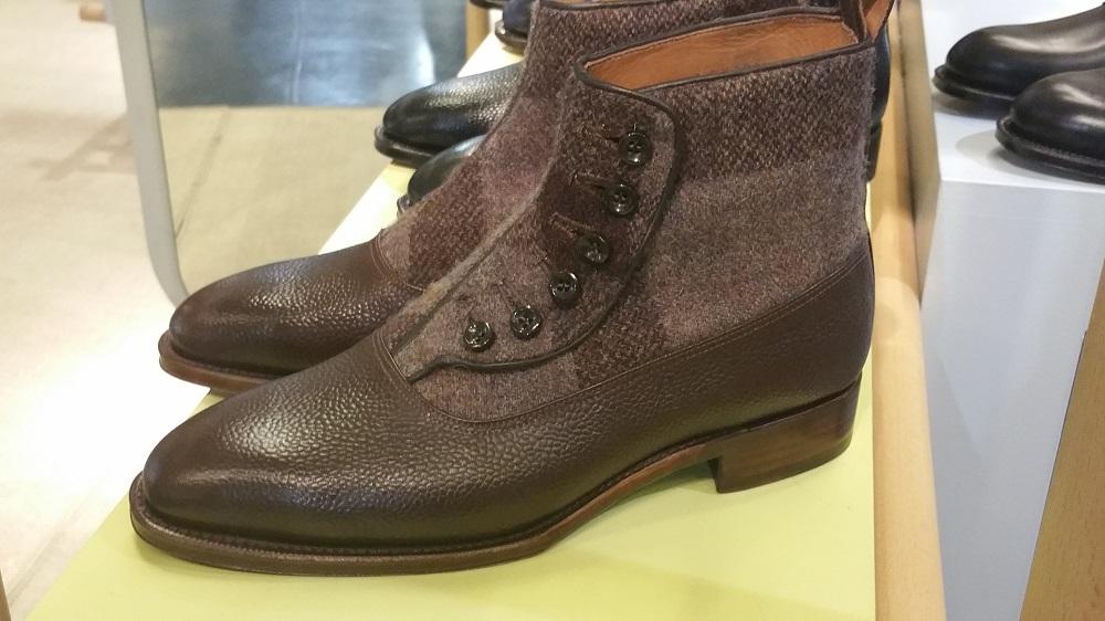 Kanpekina Button Boots