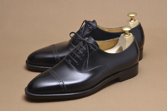 The Black Cap Toe Oxford - Your Safe Bet