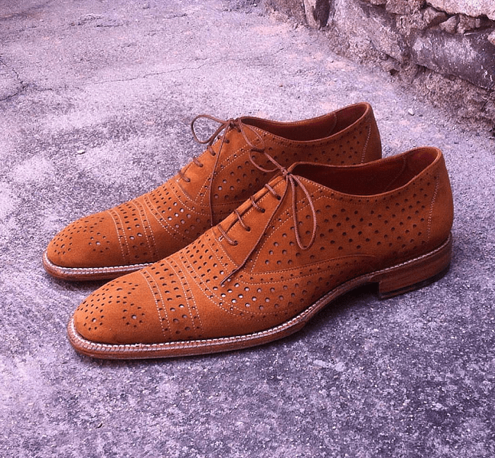 Mexican Shoemaker Doing Thing Different - Atelier Amareto