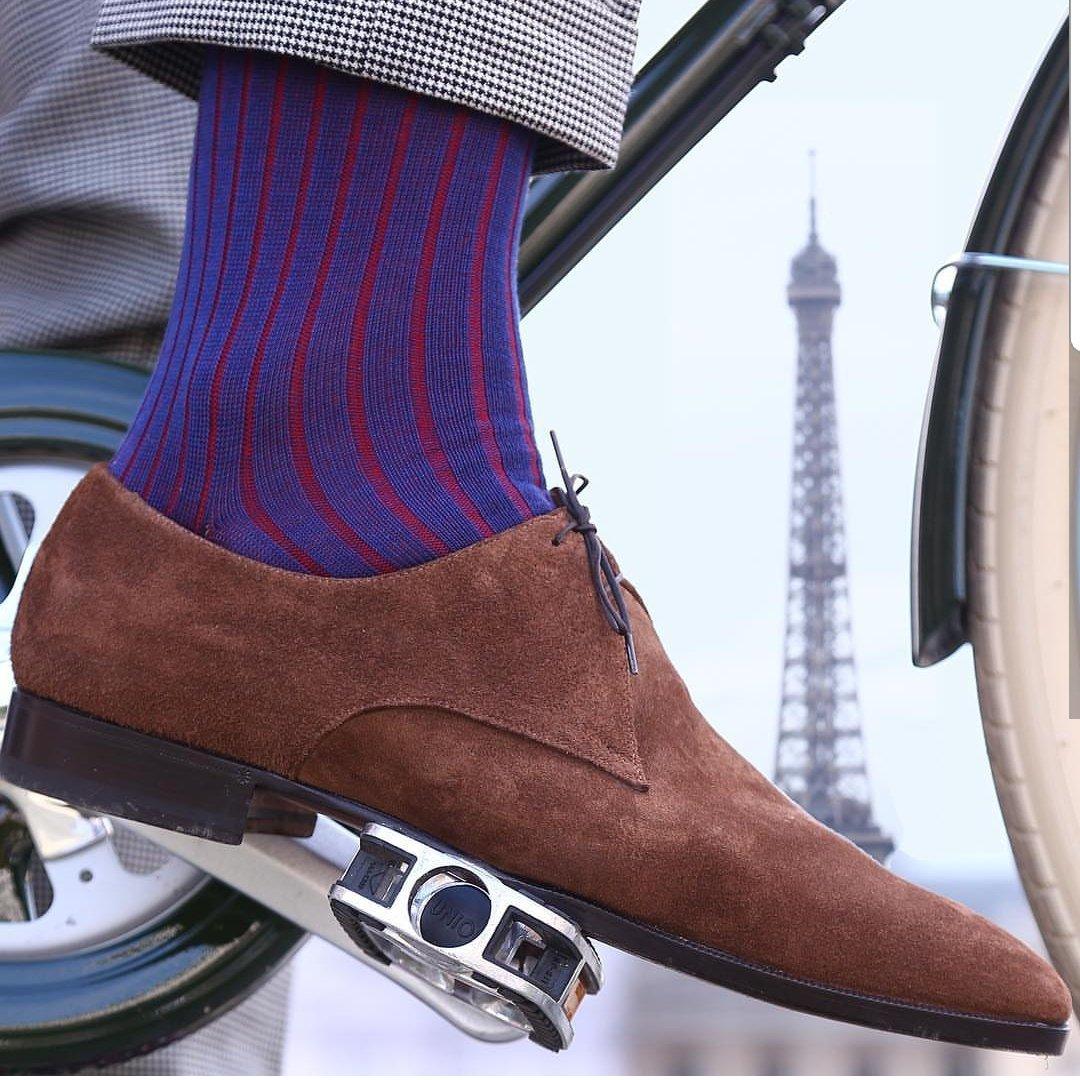 Socks + Shoes = Mes Chaussettes Rouges - New Durable Range