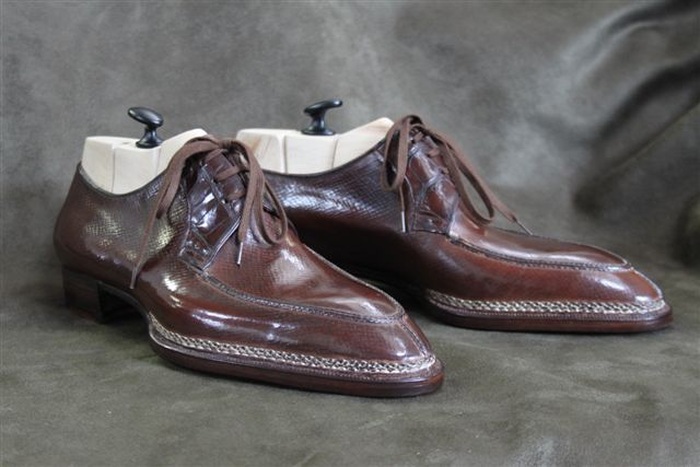 Your Shoe Is Not Handmade!