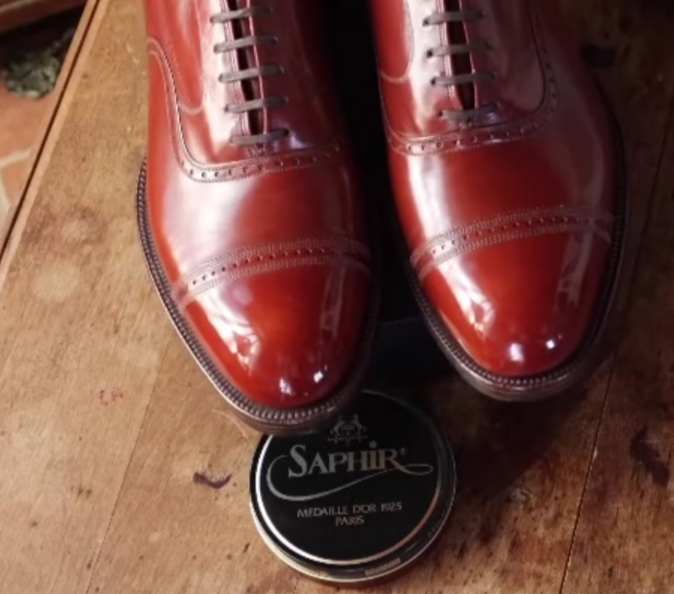 The Elegant Oxford - Your Shoe Care Guide