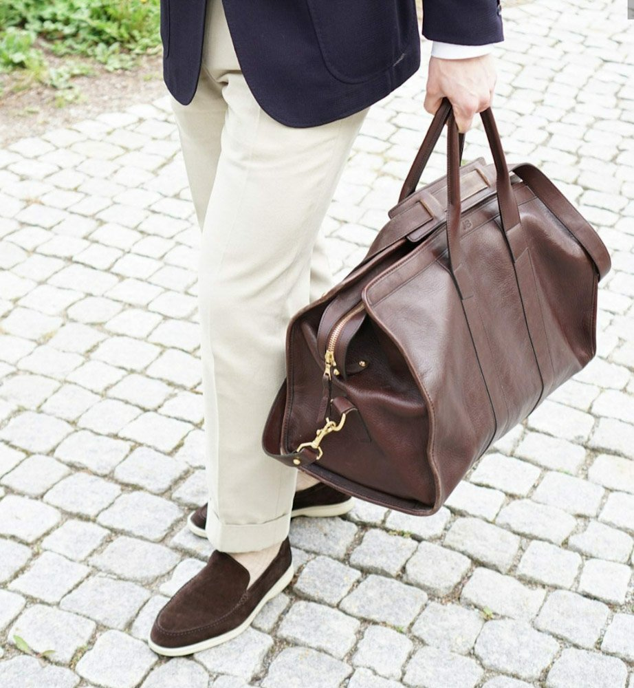 The Perfect Travel Bag - Frank Clegg