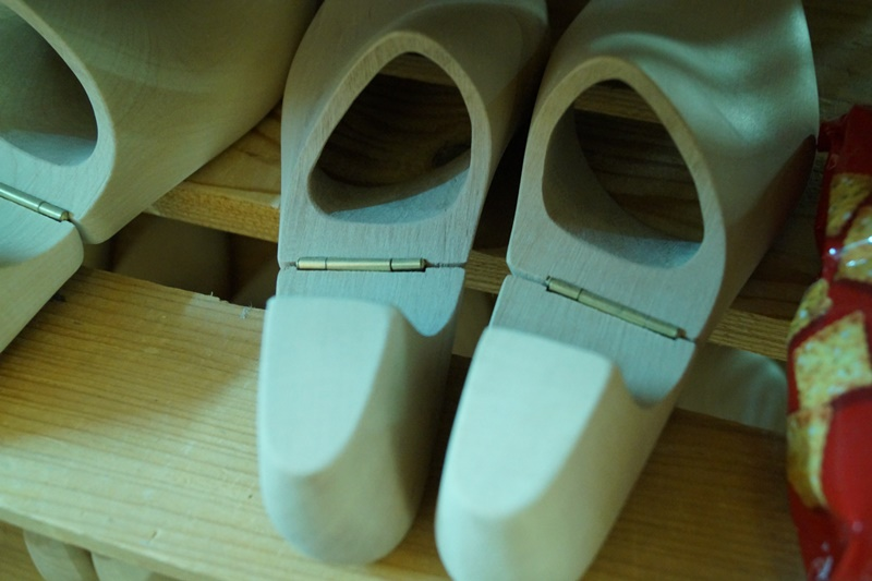 A Guide To Shoe Trees