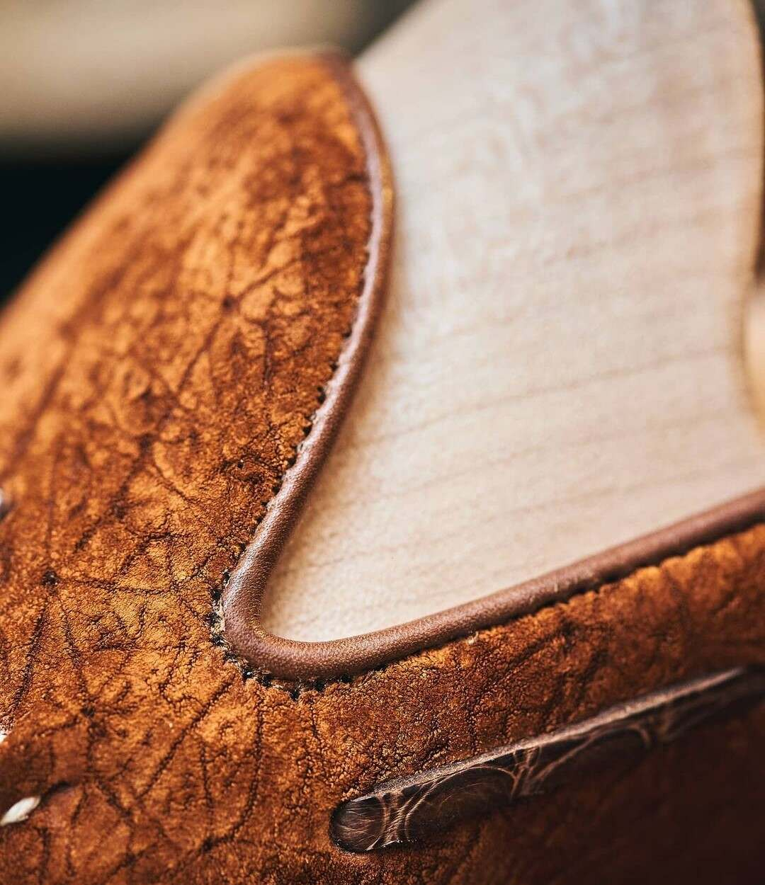 Petru & Claymoor - Hippo Leather