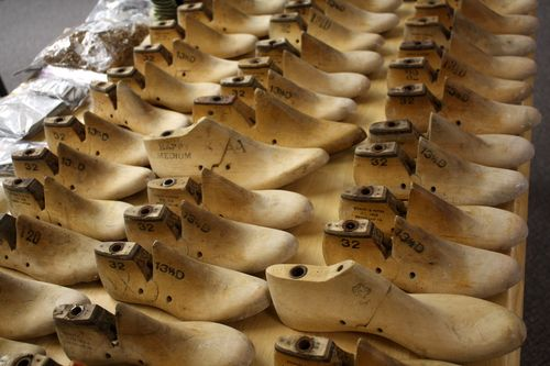 Shoes -- Part 3: Lasts