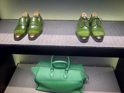 Sutor Mantellassi Boutique: Milan